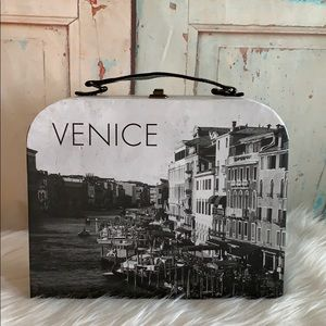 🆕Vintage Venice Decorative Keepsake Trunk